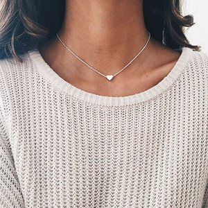 Dainty Heart Necklace (Silver)